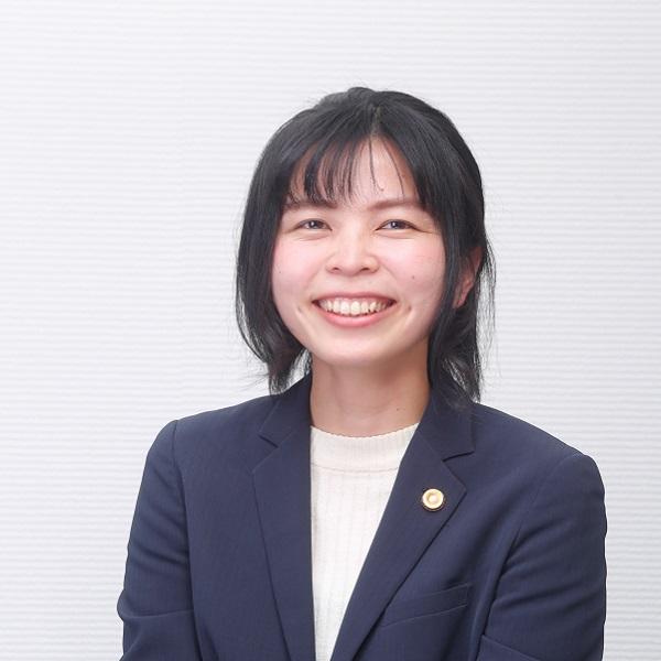 弁護士吉田晴香