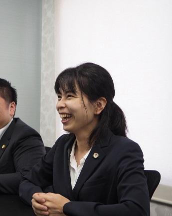 吉田弁護士